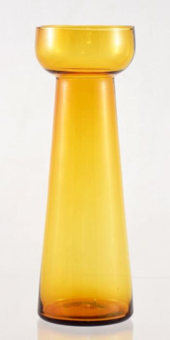 Bulb vase amber ag. b 16