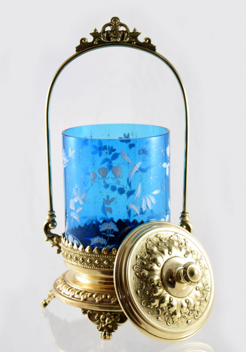 Blue enameled floral glass pickle castor gk d 2