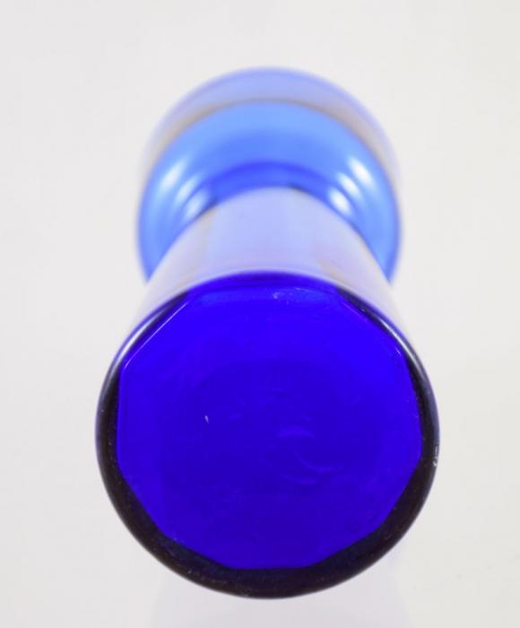Blue bulb vase ag. b 10