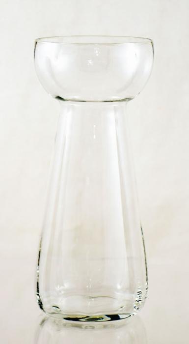 Bulb vase  ag. b 17