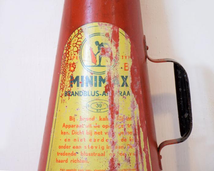 Fire extinguisher Minimax c. d 14