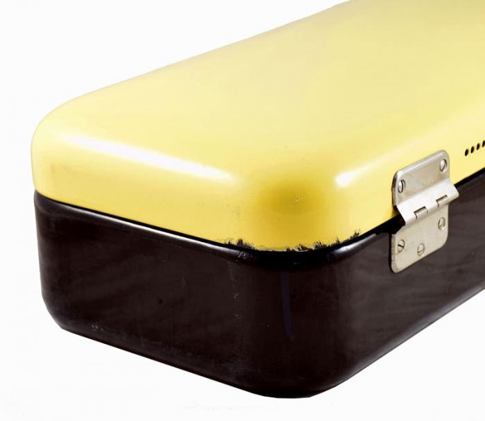 Broodtrommel geel zwart e. ok 12