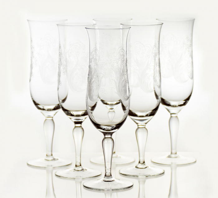 Zes champagne glazen