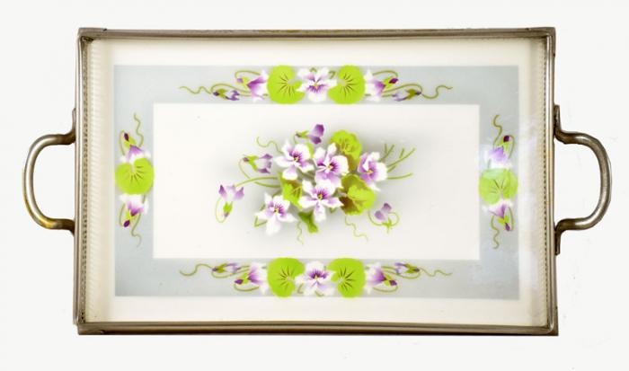 Dienblad viooltjes am. d 2