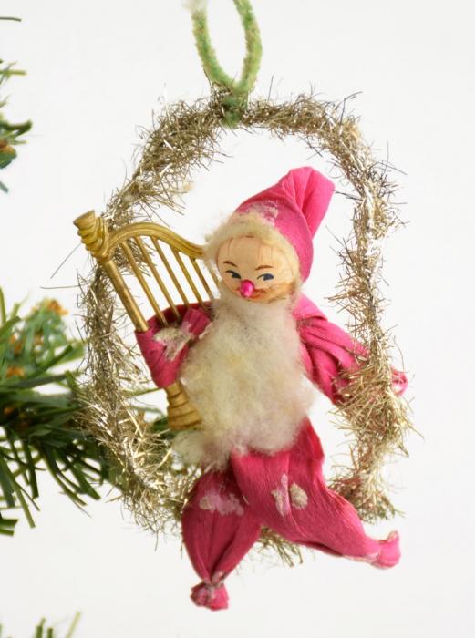 Kerstman met harp k. f 16 gereserveerd