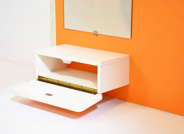 Oranje retro kapstok met spiegel c. m 1