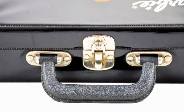 Barbie kleding koffer s. b 13