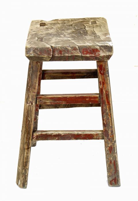Small wooden stool c. m 10