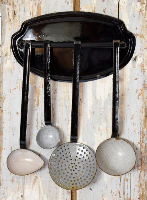 Kitchen utensils rack e. z 5