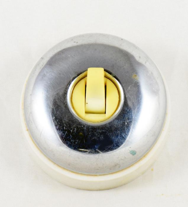 Lichtschakelaar porselein en metaal b. e 3