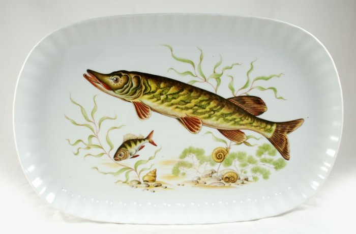 Fish serving dish kk. s 5