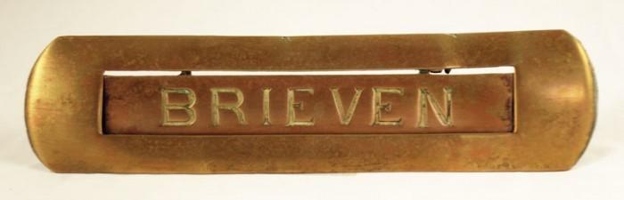 Antique letter plate b. d 4