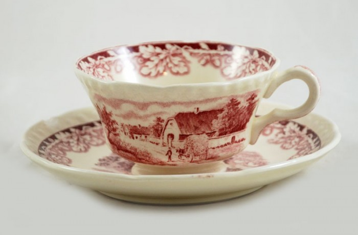Cup and saucer ag. boh 1