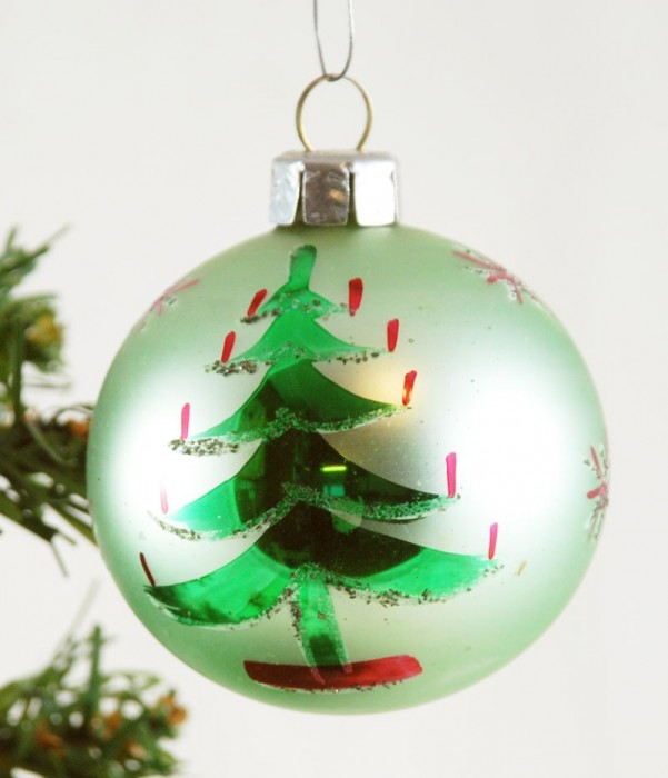 Bal met kerstboom k. bg 18