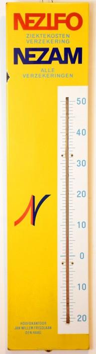 Nezifo Nezam verzekeringen met thermometer