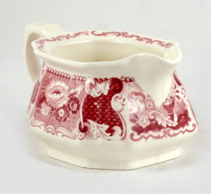Sugar bowl and creamer am. v 21