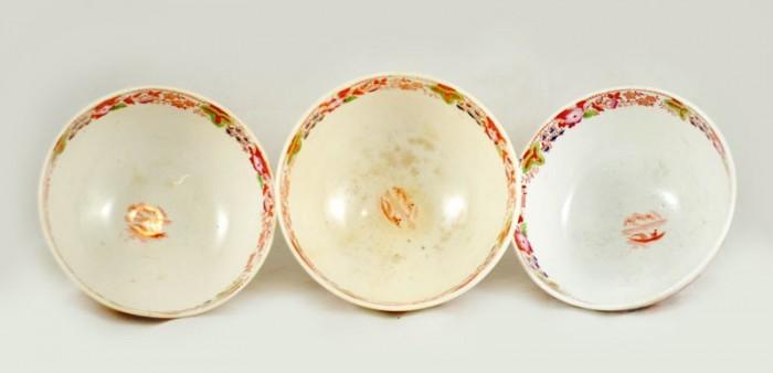 Drie creamware  kommetjes ag k 5