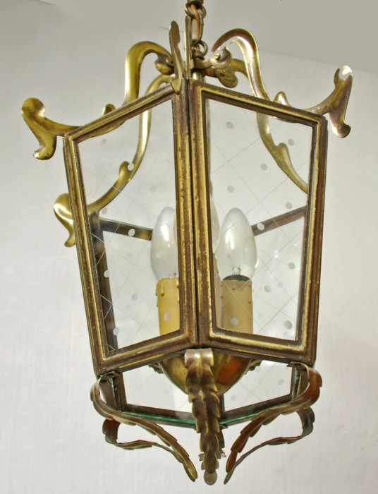 Brass lantern v. d 12