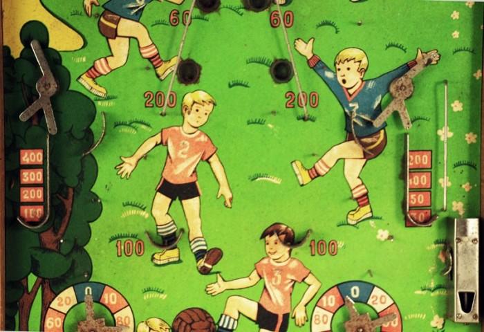 Knikkerspel voetbal s. d 9