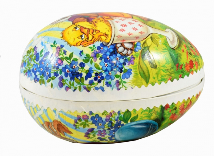 Easter egg candy container