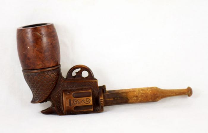 Pistol pipe c. d 17