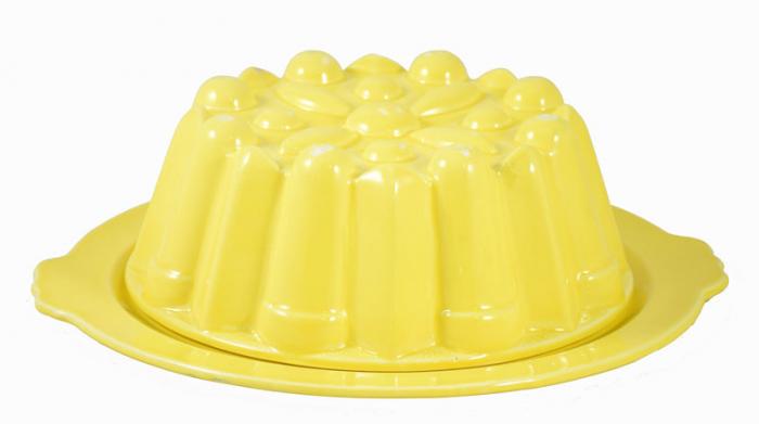Gele puddingvorm kk. v 9