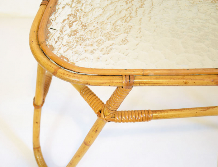 Vintage bamboo table c. m 9