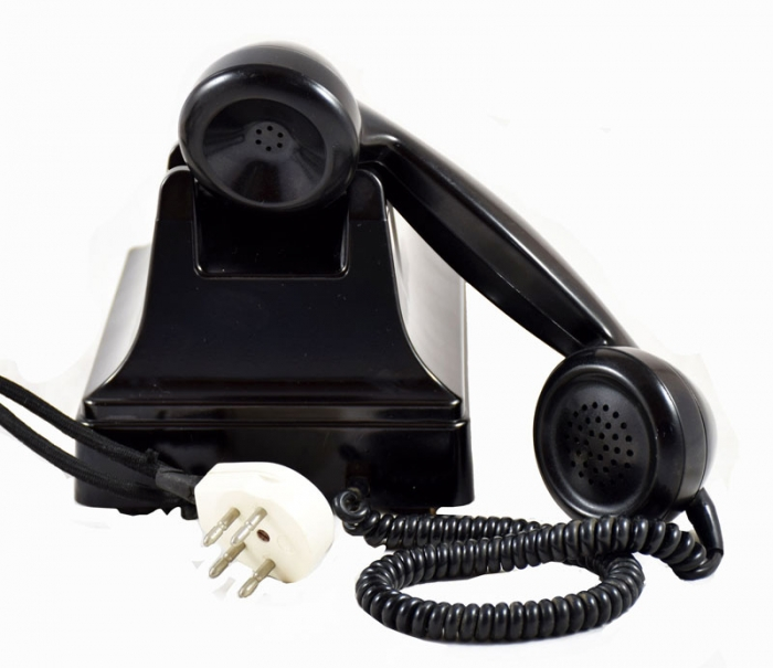 Dutch bakelite desk telephone PTT STANDARD c. e 2