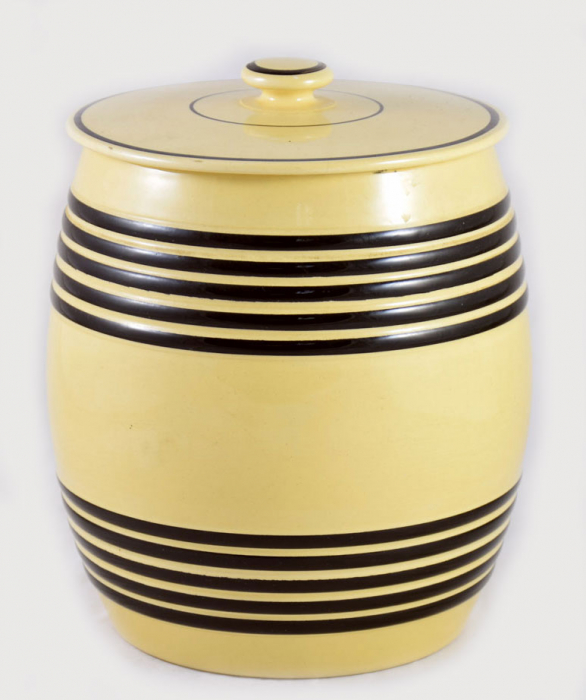 Large kitchen canister kk. k 1