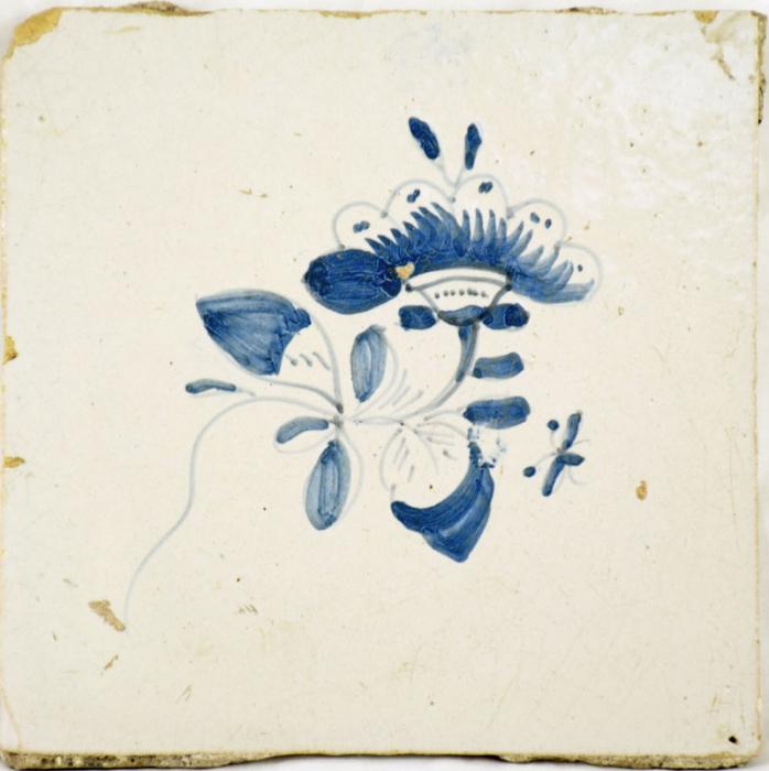 Friese wandtegel met bloem nr. 11
